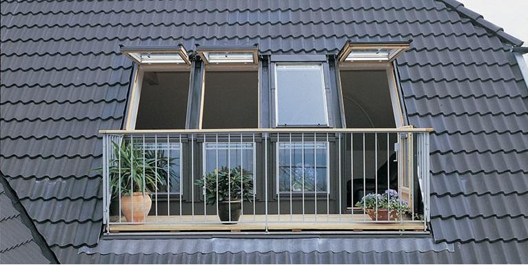 ucuz balkona dönüşen çatı pencereleri