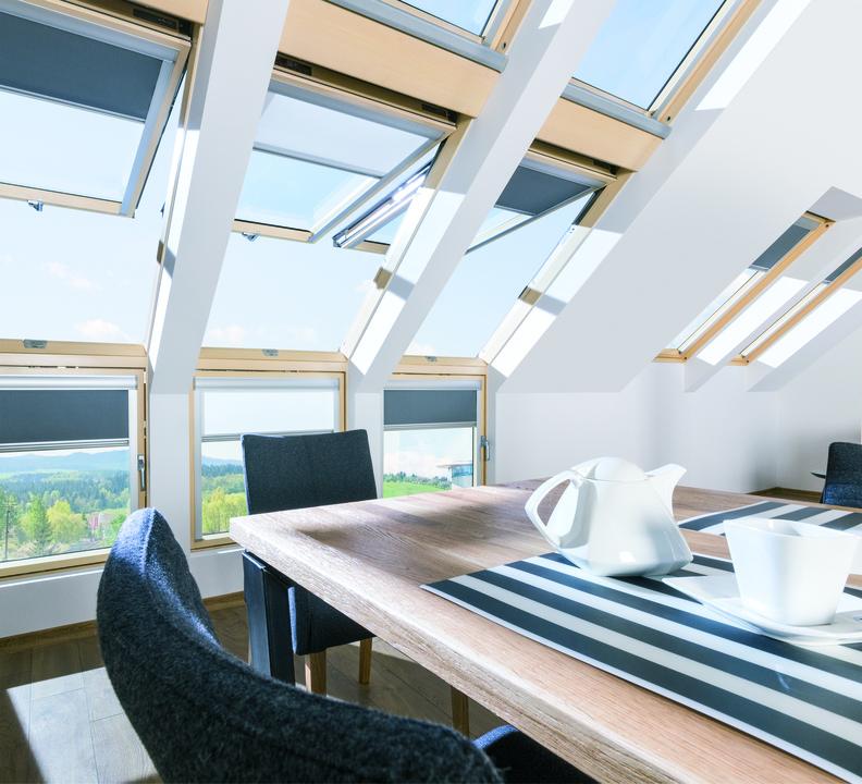 en uygun çatı üstü çift açılımlı pivot çatı pencereleri